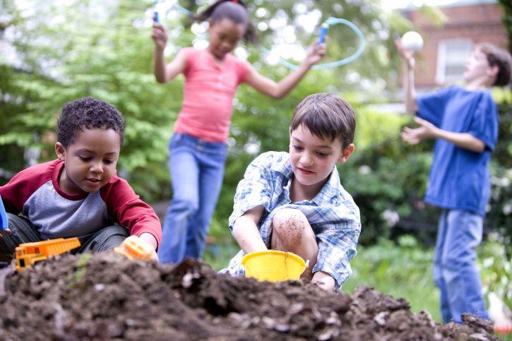 kids-playing-seattle