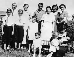 Noorzai Great Family Photo