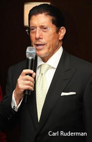 Carl Ruderman Speaking at the Elite Traveler Celebration.